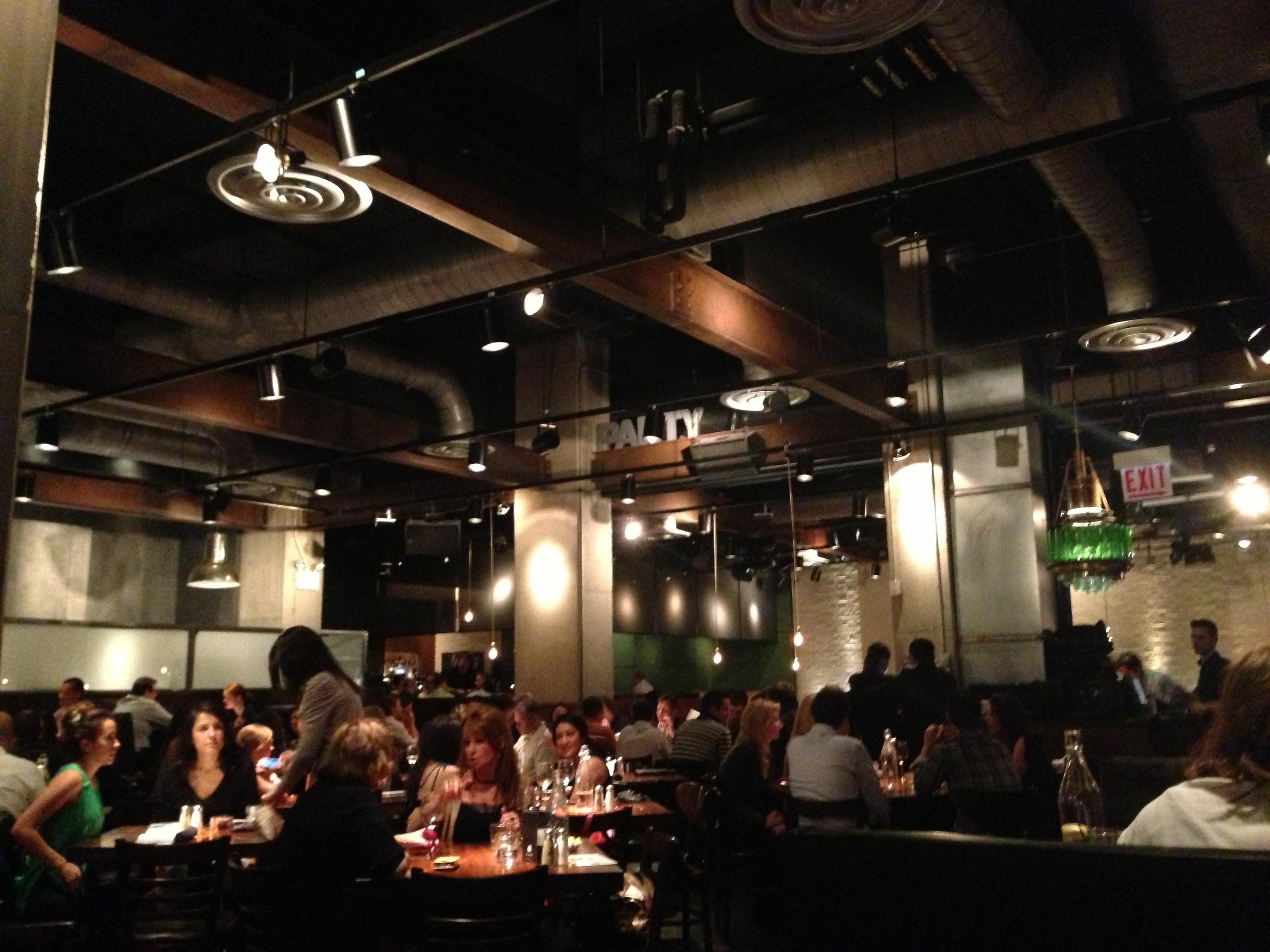 Hub  Restaurant In Chicago